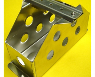 ALLOY BATTERY TRAY – SUITS RED TOP 30
